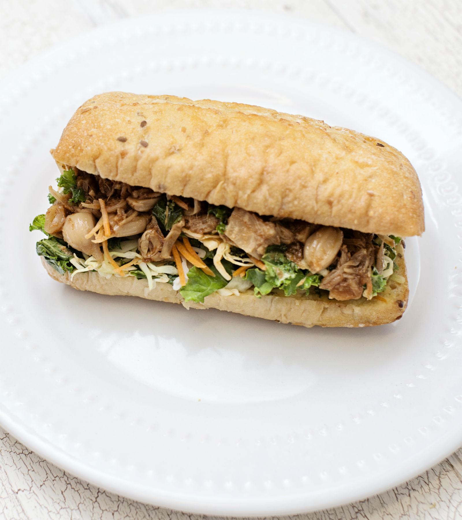 Jackfruit Sandwich – Cropped