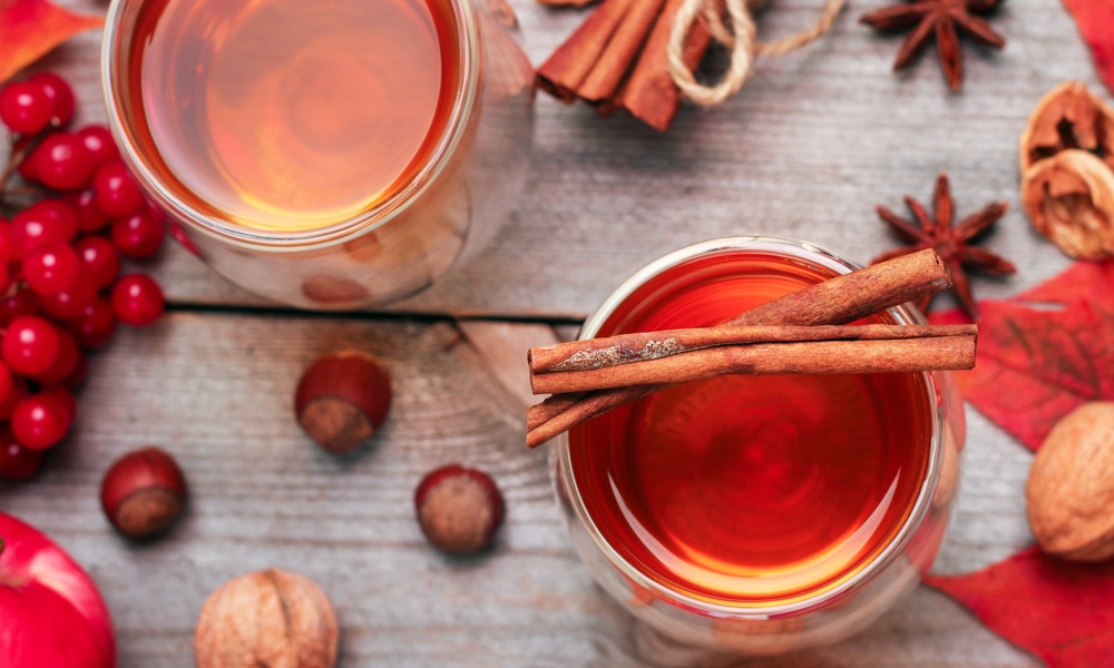 Spice Up Your Holidays With Mulled Wine And Cider!